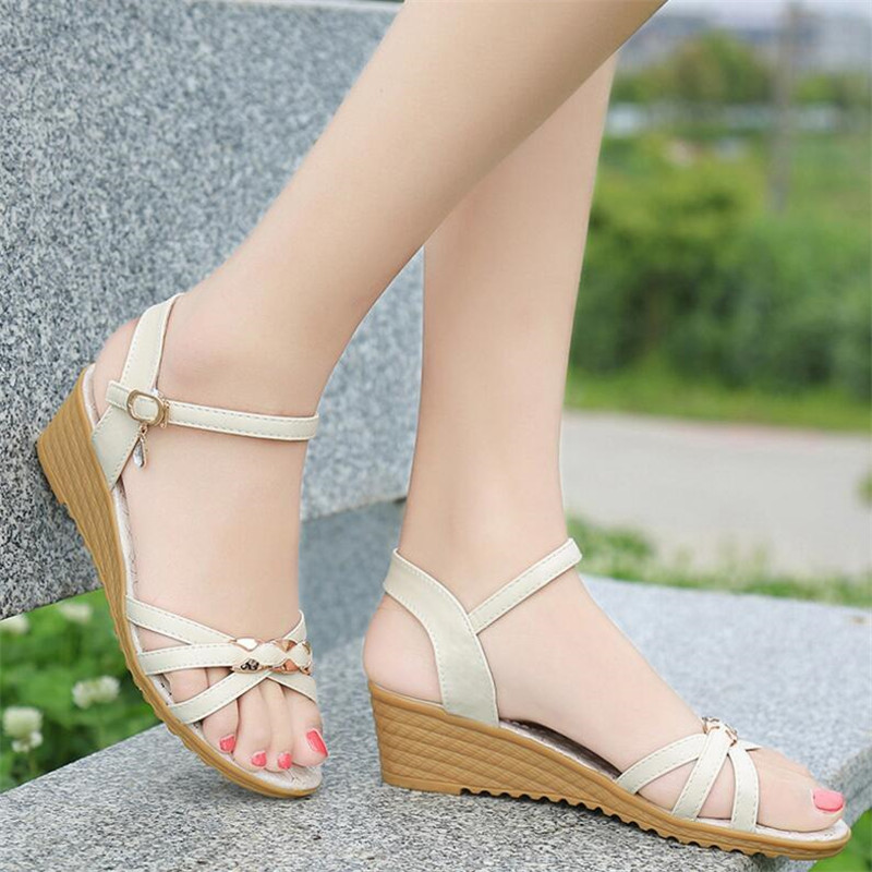 Wedges women's sandals 2019 summer new fashion single product women's shoes metal buckle flat bottom wedge sandals