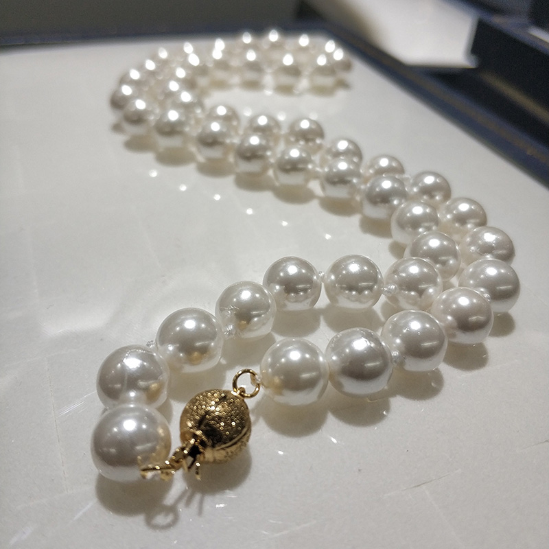 JYX Shell Pearl Necklace Jewelry  8-8.5mm Round White Natural Sea Shell Pearl Necklace 18