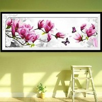 2017 New Butterflies Play Magnolia DIY 5D Diamond Painting Cross Stitch Suite Diamond Inlaid Home Decorations