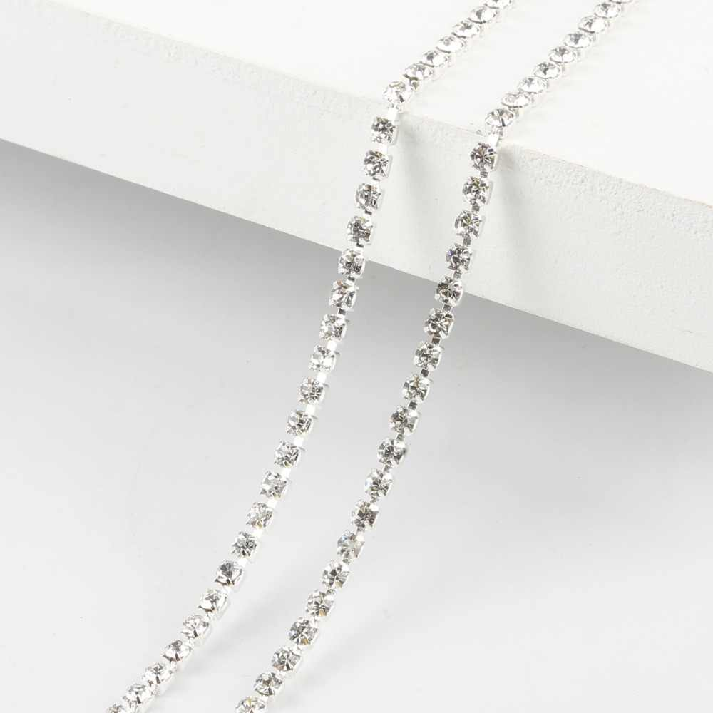 Kepadatan Tinggi Hot Sale 2/2.5/2.8/3 Mm Pipih Putih Berlian Imitasi Rantai untuk Dekorasi Kerajinan Jahit Aksesoris Pakaian