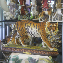 Enfeites de resina de mão gravura Arte tigre Do Zodíaco Feng Shui sorte jóias artesanato mobiliário e decoração Para Casa Mobiliário sala de estar
