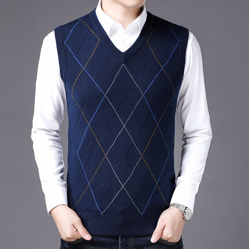 MRMT 2020 Brand New Autumn Winters Men's Knitted Sweater Vests V-neck Middle-aged Sweater Vest For Male Tops Knitted Vest