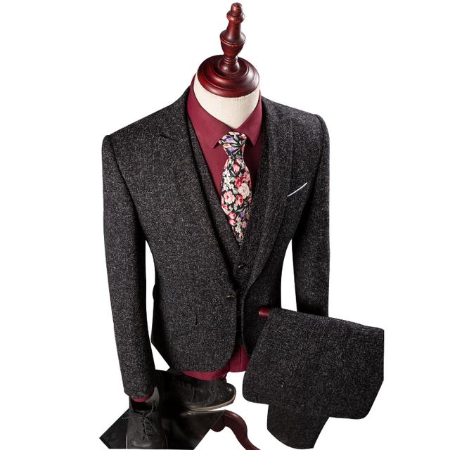 3 Peças (Jaqueta + Calça + Colete) Mens Terno Conjunto Vestido de Noiva Blazer Slim Fit Linho Britânico Casuais Roupas Smoking dos homens Um Botão Terno Homens