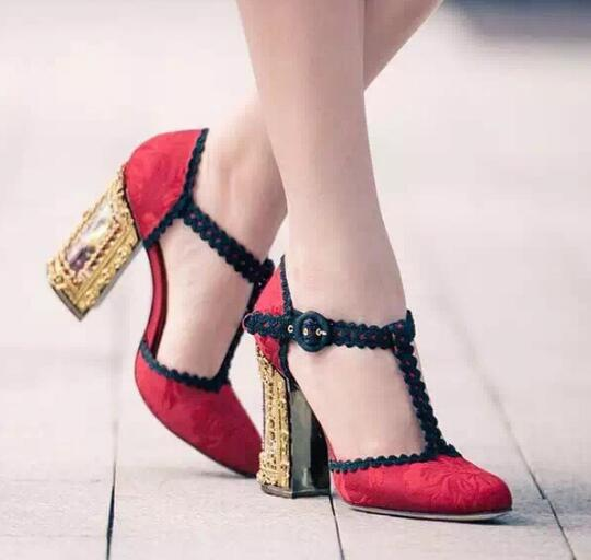 Charming Red/Black Lace Ruffles T strap Women Pumps Fashion Brand Round Toe Ankle Strap Fretwork Caged Heel Crystal Shoes Women
