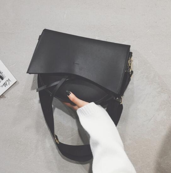 Retro Tote Bag Soft PU...