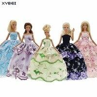 5 Adet/grup Yüksek Kaliteli Elbiseler Düğün Kıyafeti Karışık Stil Prenses Etek Giyim Barbie Doll Için Dollhouse Aksesuarları Hediyeler