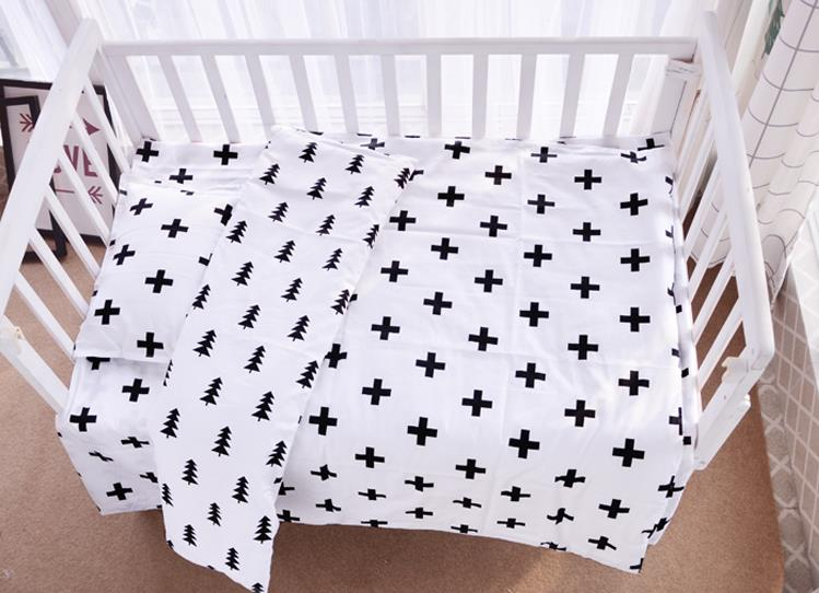 3Pcs/Sets Baby Bedding Sets Autumn Winter Cotton Newborn Printing AB Version Quilt Cover Pillow Case Flat Sheets Baby Bedding