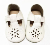 Top Sale New Style High Quality Summer Fretwork Buckle Strap Genuine Leather Baby Moccasins Toddler Hard