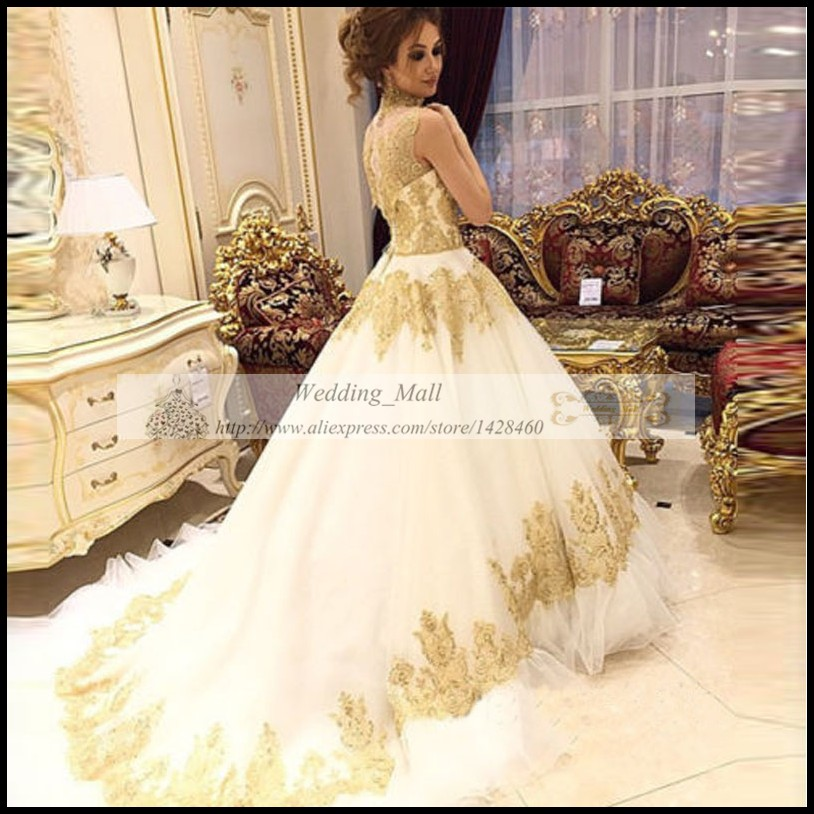 Maternity Tulle Wedding Dresses Arabic 2017 Luxury Gold Lace Appliqued High  Neck Ball Gowns Bridal Robe De Marie Plus Size-in Wedding Dresses from  Weddings ... d7a60d6f4888