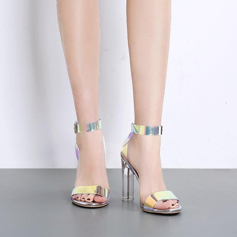 4b3b018722 2019 nuevo sexy PVC Jelly sandalias de Mujer Zapatos de tacón alto de  bloque abierto de dedos Sandalias de tacón transparente de cristal mujer  plata bombas ...