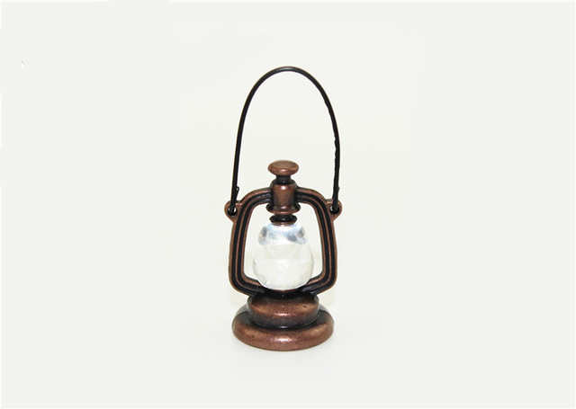 Doll House Miniature Retro Metal Oil Lamp