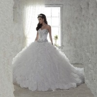 2016 White Quinceanera Dress For 15 Year Girl Ball Gown Sweetheart Ruffled Chapel Train Quinceanera Gown