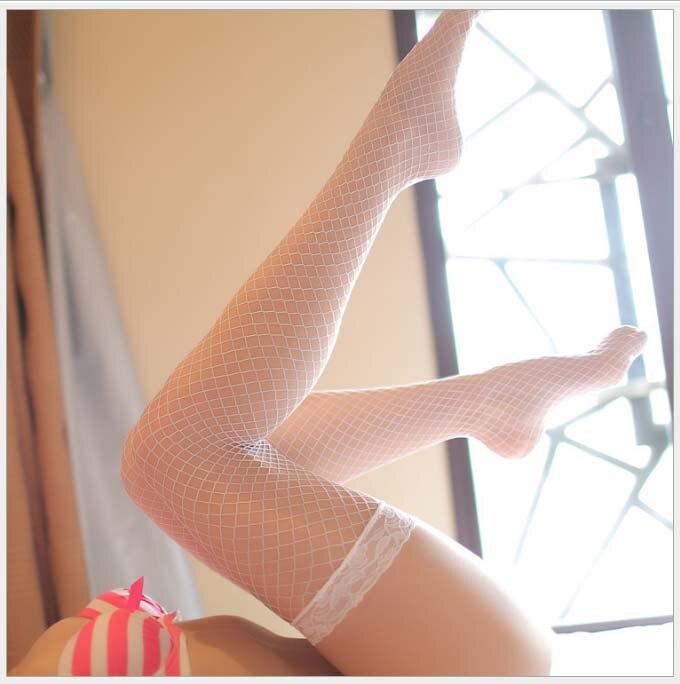 98b388fe93 Venta caliente de las mujeres blancas Sexy medias de red medias de malla  Medias Lencería de la piel de alta del muslo de S02 en Medias de Ropa  interior y ...