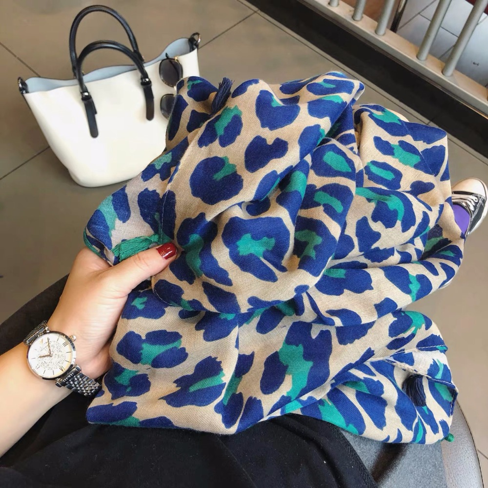 Ladies Fashion Sexy Leopard Dot Tassel Viscose Shawl Scarf Women High Quality Wrap Pashmina Stole Bufandas Muslim Hijab Snood