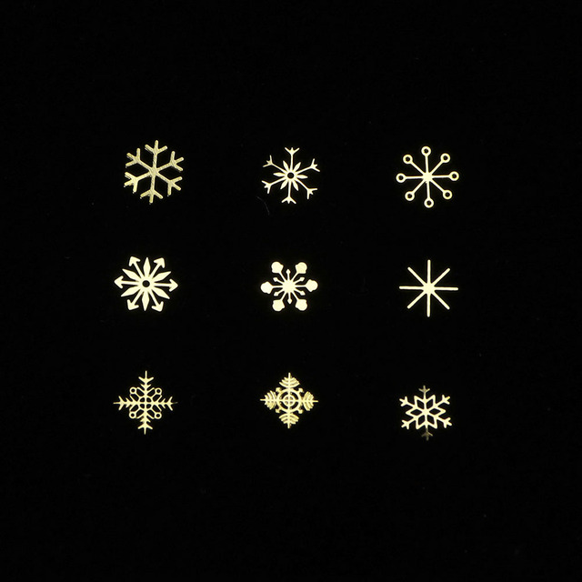 90pcs/Set 3D Snowflakes Gold Metal Slices Nail Art Sequins Christmas Decorations Nail Polish Thin Sticker Designs Manicure TR889