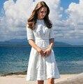 Vestidos 2015 primavera Kate Middleton vestido de forma magro computador recorte Jacquard vestido de bombeamento de algodão vestido de verão branco um Piec