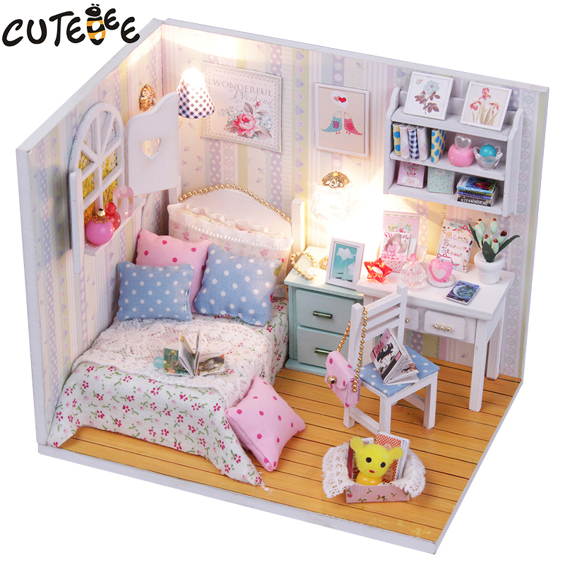 CUTEBEE Doll House Miniature DIY Dollhouse With Furnitures Wooden House  Toys For Children Birthday Gift M013