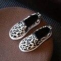 2017 Crianças Meninas Sapatos Para Meninos Leopard Sapatas de Lona Meninos Moda Outono/Primavera Calçados Casuais Da Sapatilha Crianças de Calçados do Lazer