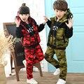 2017 Otoño Invierno Niños Ropa de Camuflaje 3 Unids Conjunto Niños Niñas Engrosamiento de Algodón Acolchado Chaleco de la Capa + Camiseta + pantalones A115