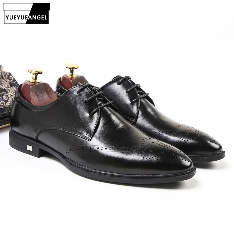 Men Business Casual Genuine Leather Brogue Shoes Black Pointed Toe Party Wedding Leather Dress Shoes 2019 New Autumn ElegantMen Business Casual Genuine Leather Brogue Shoes Black Pointed Toe Party Wedding Leather Dress Shoes 2019 New Autumn Elegant