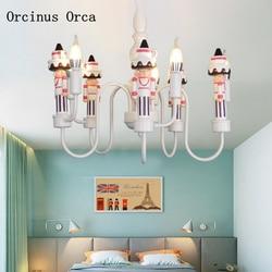 Cartoon kreatywny orzechówka żyrandol chłopców i dziewcząt sypialnia dla dzieci lampy New American LED lalki żyrandol w Wiszące lampki od Lampy i oświetlenie na
