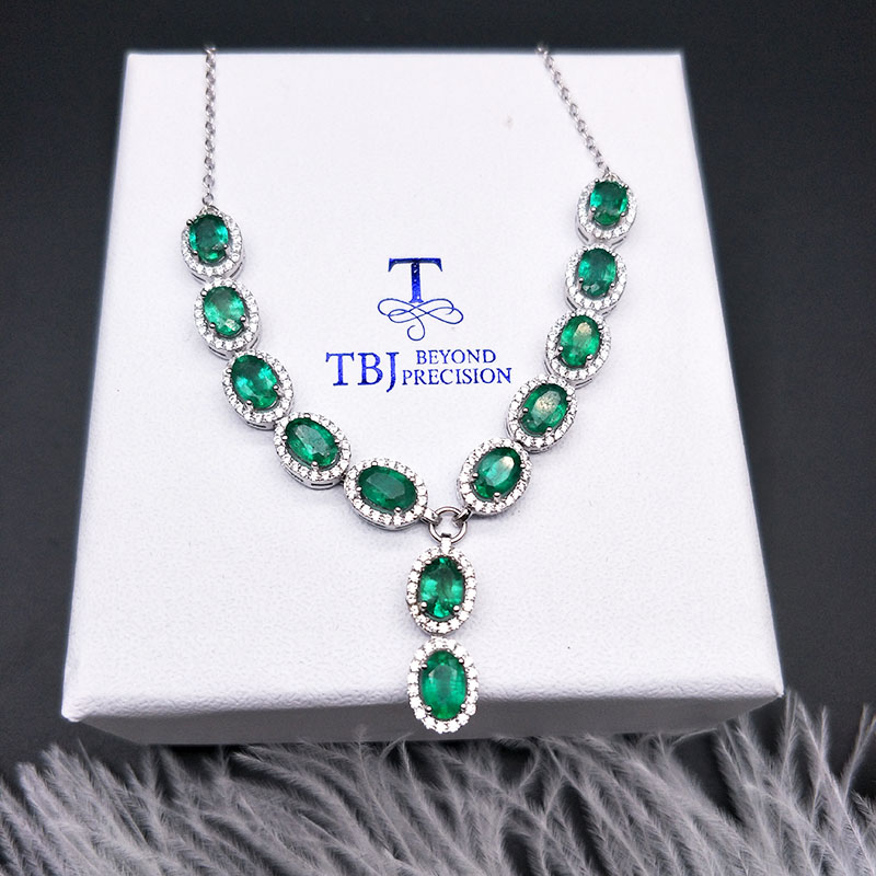 Natural Zambia Emerald Party Necklace Simple Design 925 Sterling Silver Fine Gemstone  Jewelry For Girls Women Party Best Gift