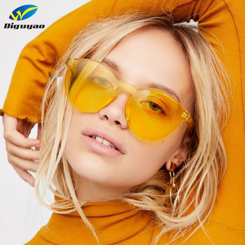 8884c1c08af DIGUYAO New One Piece Lens Sunglasses Women Transparent Plastic Glasses Men  Style Sun Glasses Clear Candy Color Brand Designer-in Sunglasses from  Apparel ...