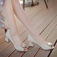Fish mouth sandals female 2018 summer new Korean version of the thick root sandals shallow mouth fashion with casual shoes цены онлайн