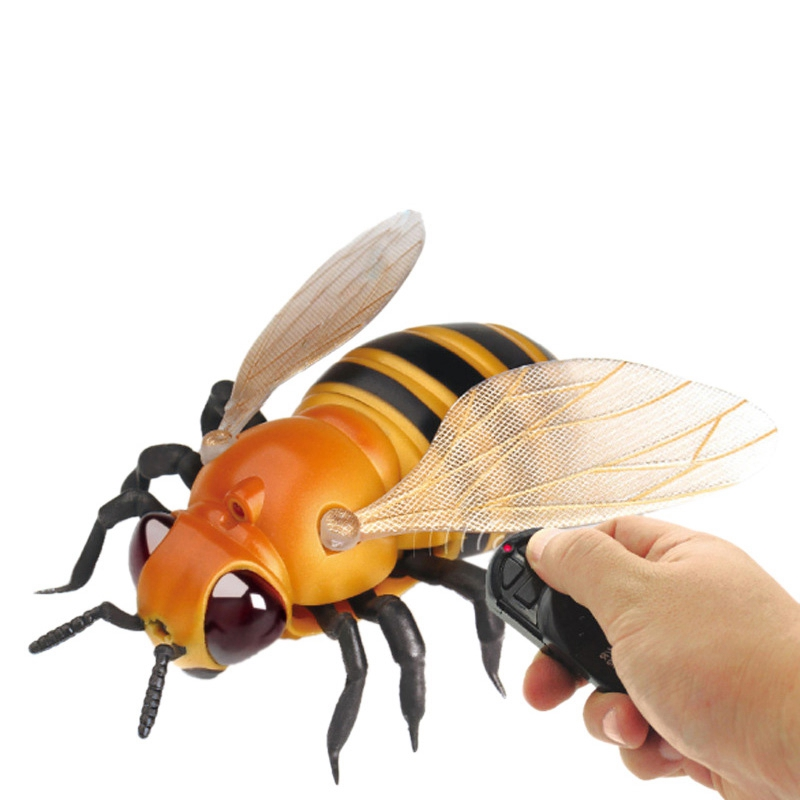 Funny Simulation Infrared RC Remote Control Scary Creepy Insect Bee Toys Anti stress Gift For Adult Children Toys in RC Robots Animals from Toys Hobbies