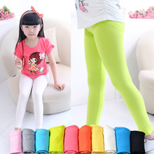The spring and summer children girls modal candy color Leggings Pants nine elastic solid