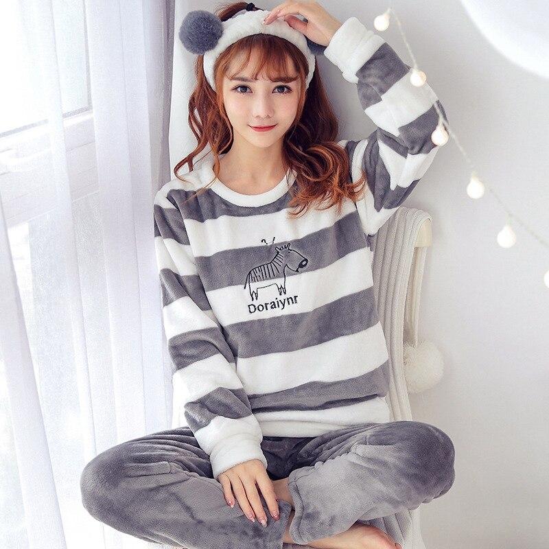 2 PIECE Pajama Set Nightwear Pijama Home Suit Women Warm Pyjama Cat Long Sleeve Winter Velvet Lingerie Printing Animal