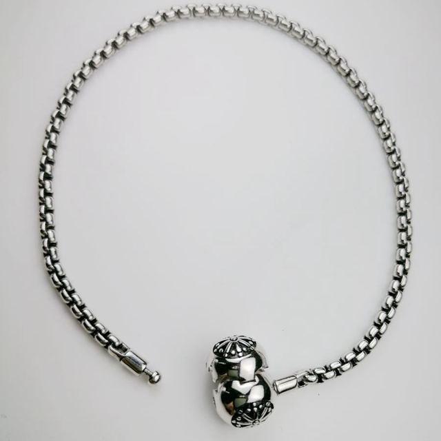 Купить браслет томаса черного и серебристого цветов подходит для шарма