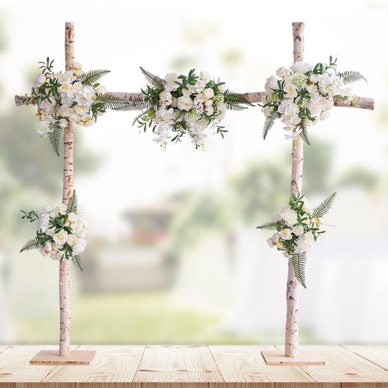 Simulation de mariage fond de fleur mur fleur mur blanc bouleau arche arrangement de fleurs scène T plate-forme armoire décoration