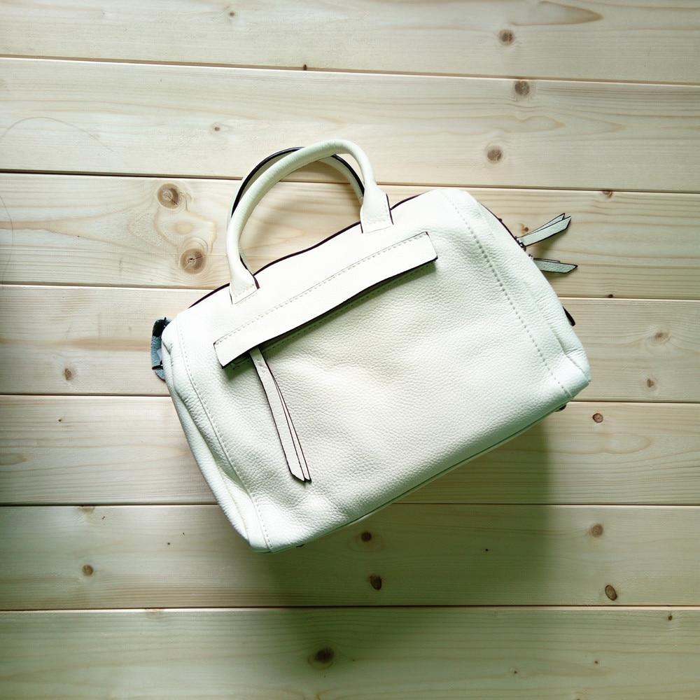 Sac à bandoulière d'été en cuir véritable blanc pour femmes sac à bandoulière décontracté en peau de vache souple sac à main fourre-tout de haute qualité à la mode pour femme