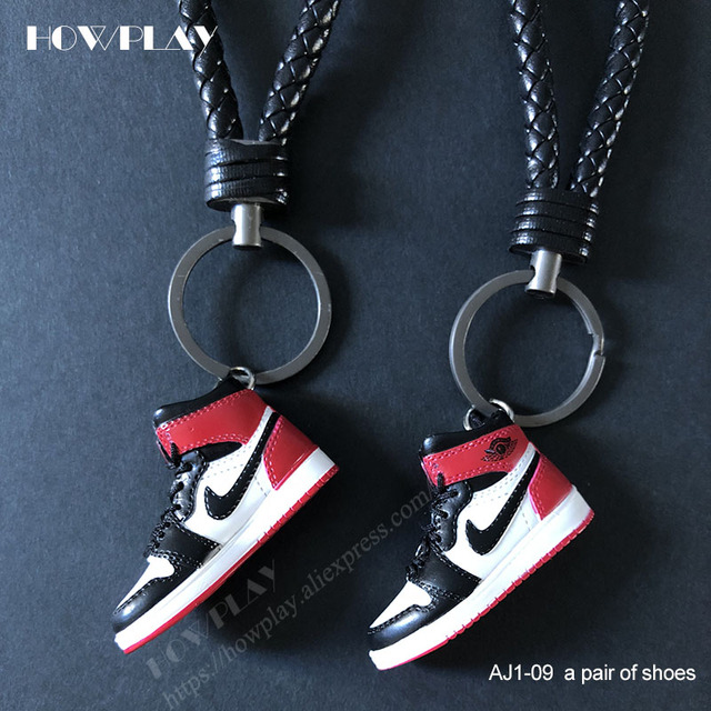 Howplay AJ1 sneaker keychains 3D mini basketball shoes model backpack pendant keyring creative gifts toy for air jordan fan