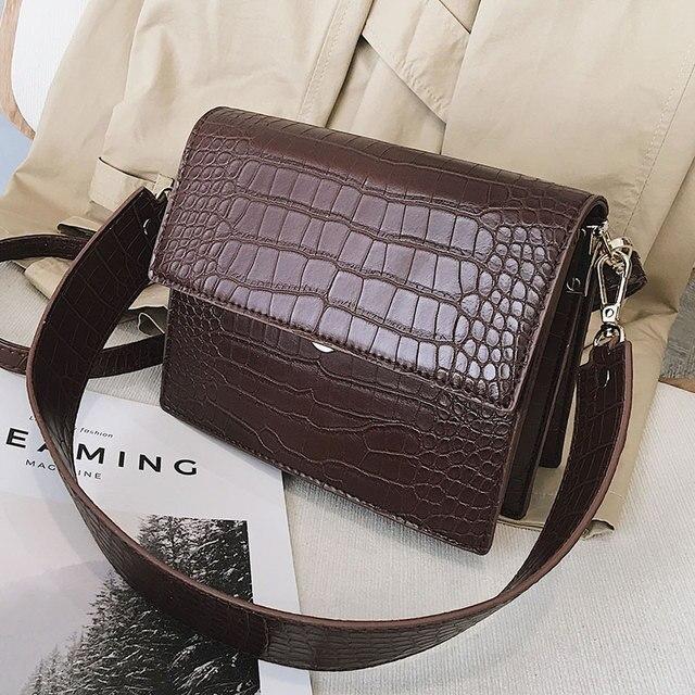 Crocodile Pattern Messenger Crossbody Bag 3