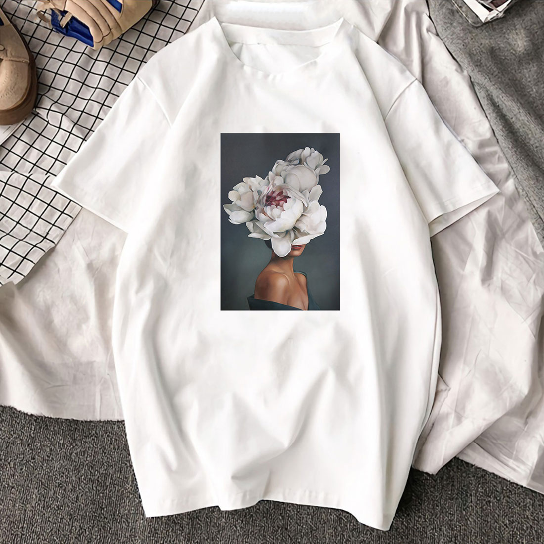 2019 White Trend Element Pattern Flowers Feather Print Summer Women's Polo Shirt Round Collar Can Breathable High Quality