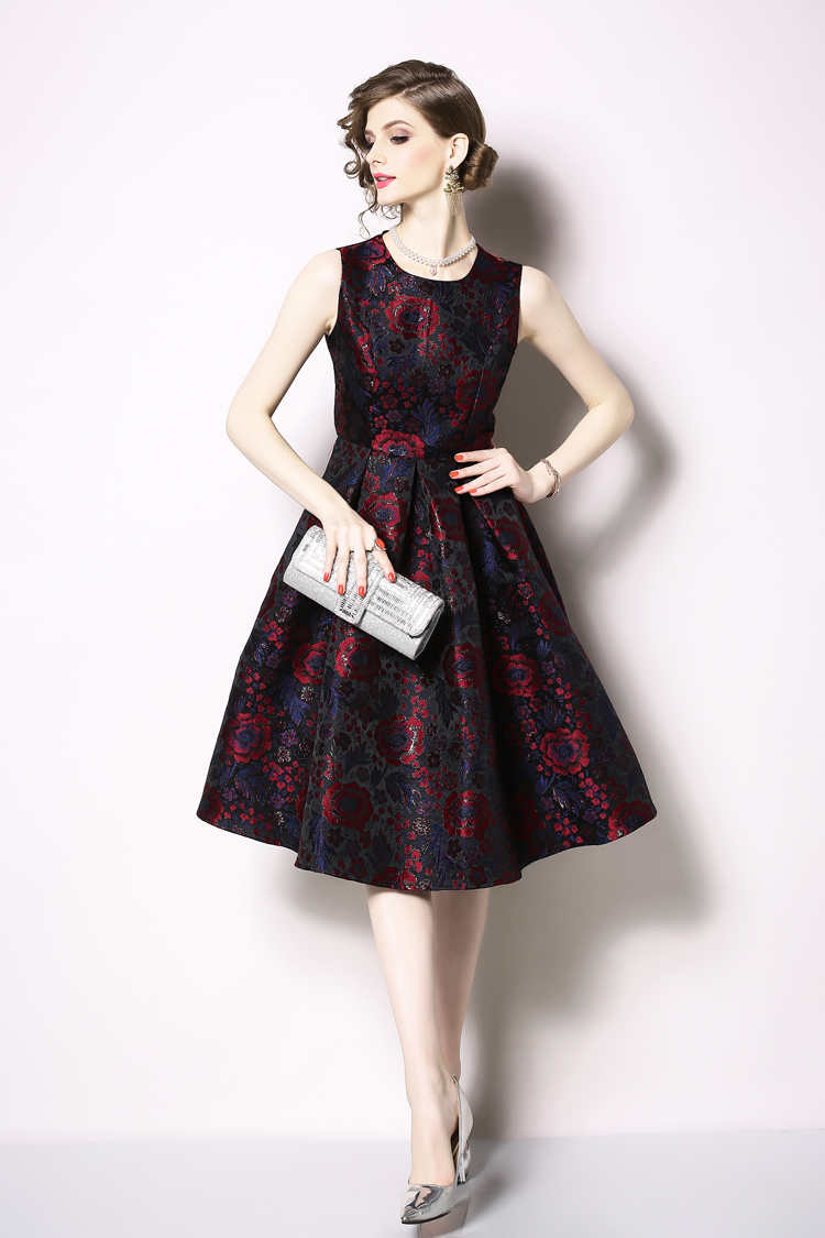 Elegant Sleeveless Printed Vintage Swing Dress 19