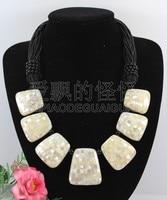 N090527 19'' Hand Made White Paua Abalone Black Onyx Shell Necklace
