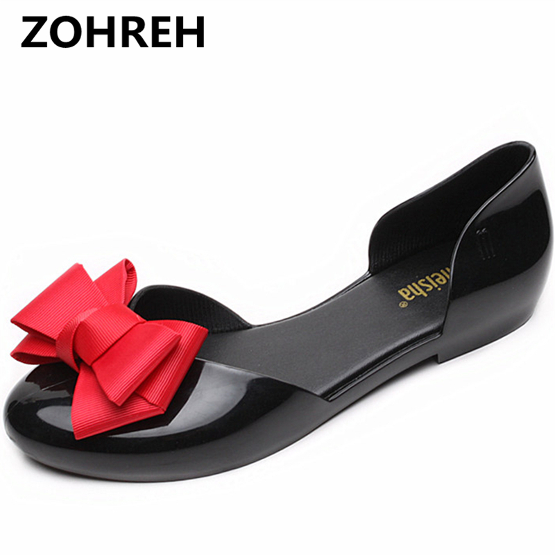 In the autumn of 2018, the new pointed womens shoes with a sweet thread and a pair of flats are not slippery. ...