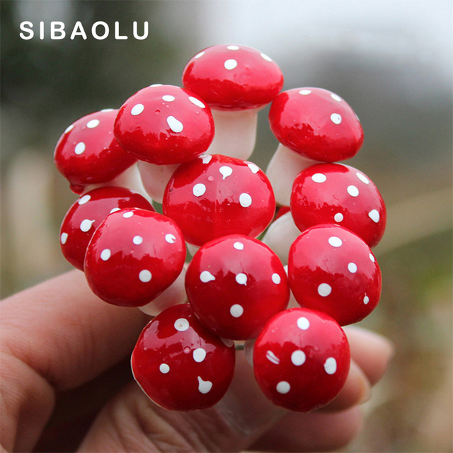 10pcs Red Mushroom Figure decorative mini fairy garden cartoon Building statue miniature Moss ornaments resin craft TNB007