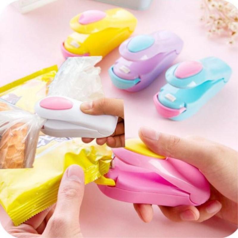 1Pcs Mini Heat Sealing Machine Portable Household Ceramic Impulse Sealer Seal Packing Capper Plastic Bag Sealer