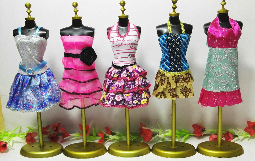 5 Pcs / lot New Lovely Handmade Celebration Garments Style Costume Equipment for Noble Barbie Doll Free delivery
