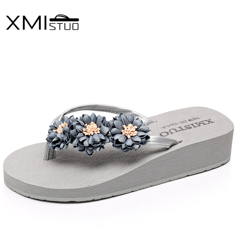 XMISTUO Summer Women Flip Flops Female Beach Slippers 3.5CM Mid-heeled Slippers with Flower Korean House Slides 4 Color 7112W 2016 summer korean version of the large size flip flops women slippers with a simple slippery beach sandals