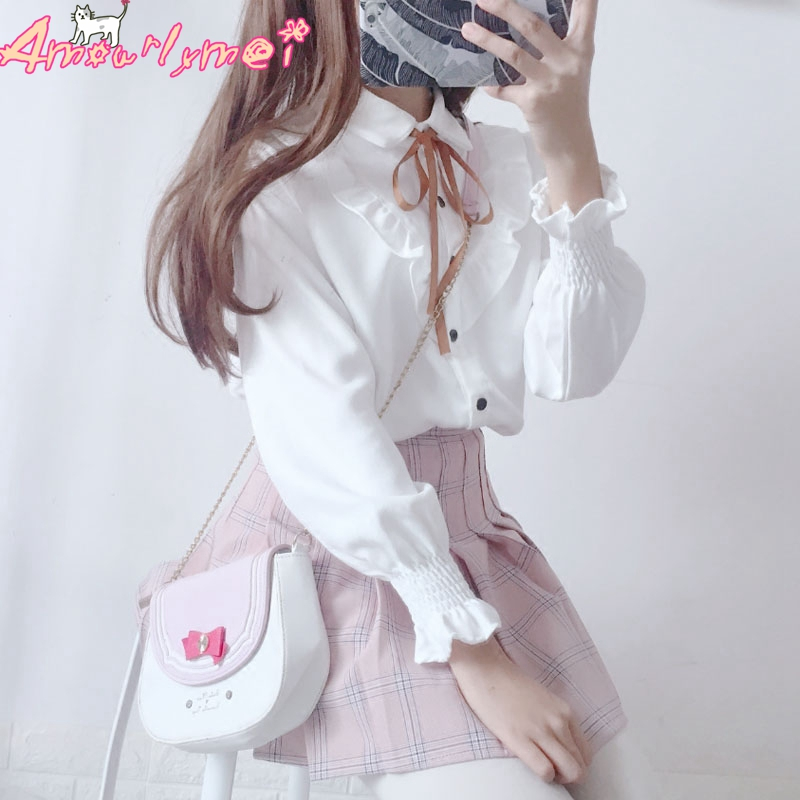 Lolita Shirt 2018 Spring Women Blouse Mori Girl Peter Pan Collar Bowknot Ruffles Long Sleeve White Shirt Japanese School Uniform girl