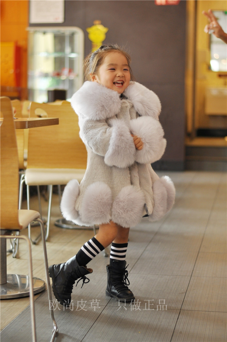 NEW FASHION CHILDREN WINTER COAT GIRL FAUX MINK FUR COAT FOX FUR COAT THICK WARM OVERCOAT FOR GIRL new winter women children girl knitted mink fur hat striped words with fox ball mink weave hats caps headgear skullies beanies