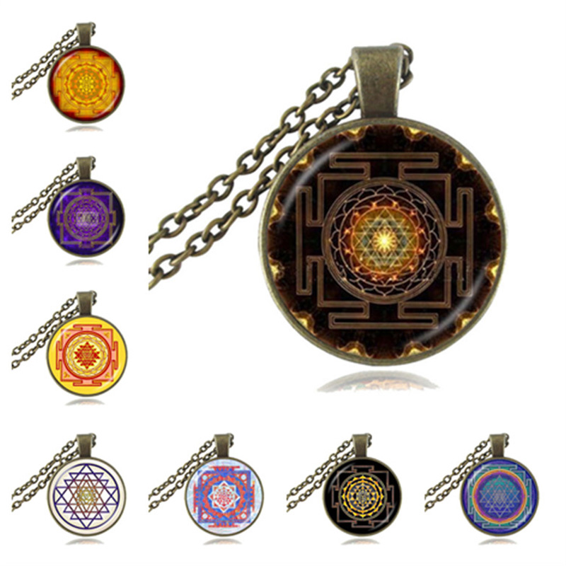 Sri Yantra Mandala Collar De Cristal Verde Vidrio Negro budista Colgante Cadena