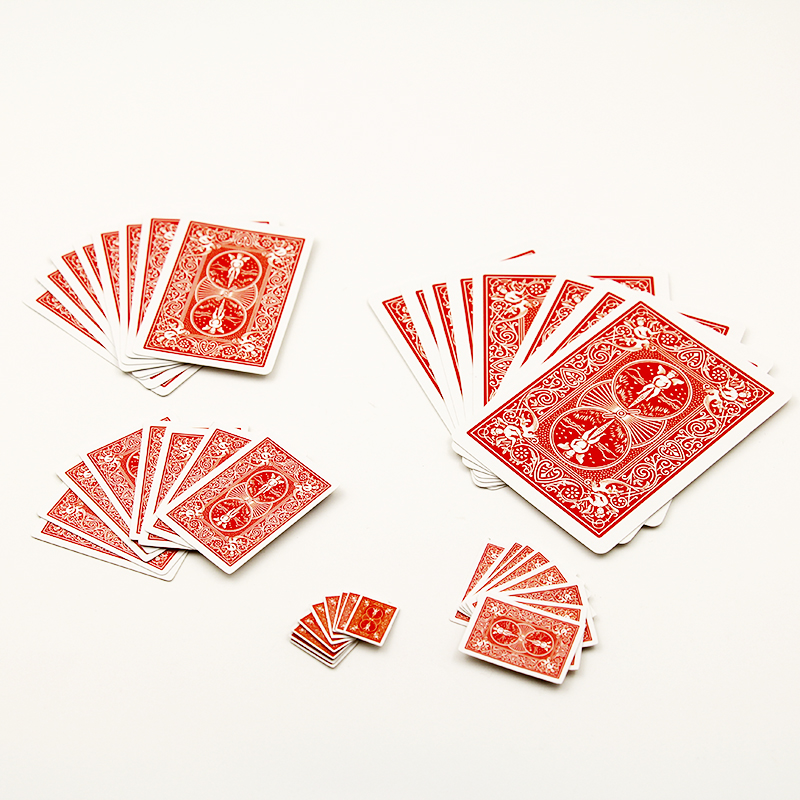 1pcs-Funny-Shrinking-Cards-Magic-Tricks-Prop-Training-Set-for-Party-Stage-Performance-magic-card-showmagic-props-81010-1