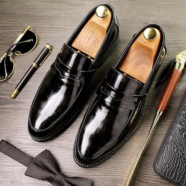 69c1aae5d Men Formal Shoes Leather Luxury Fashion Wedding Shoes Men Oxford Shoes Dress  Floral Patent leather loafers Business OO-67