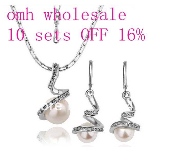 OMH wholesale Rose Gold Three kinds of color inlay crystal pearl fashion necklace + Earrings Women girls gift Jewelry sets TZ20
